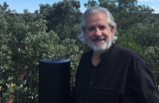 Bert Barten van Talking Trees met de handpan